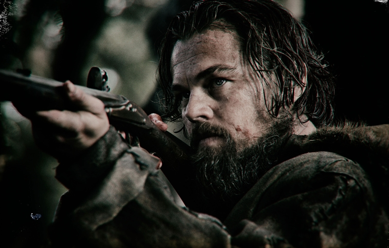 Leonardo DiCaprio在The Revenant片中饰演吃尽苦头、为报杀子之仇的19世纪毛皮猎人。(20th Century Fox)