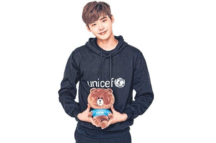 李钟硕一共捐出约23.25万新元给UNICEF。(互联网)
