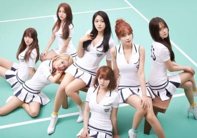 AOA挤下TWICE等女团,当选韩国阿兵哥的军中情人。(互联网)
