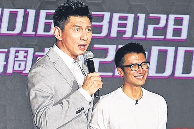 谢霆锋(右)疑说溜吴奇隆的婚期,事后澄清说错话。(互联网)