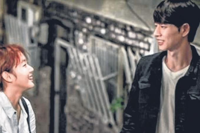 由朴海镇、金高恩主演的《奶酪陷阱》在韩国热播,下周播大结局。(互联网)