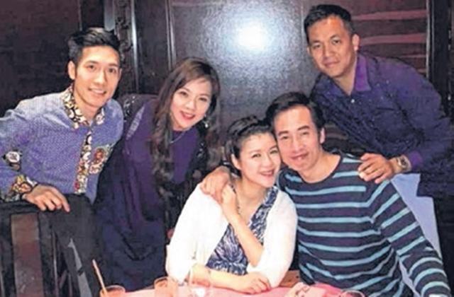 陈豪(右二)紧紧地抱着老婆陈茵媺,大晒恩爱。(互联网)