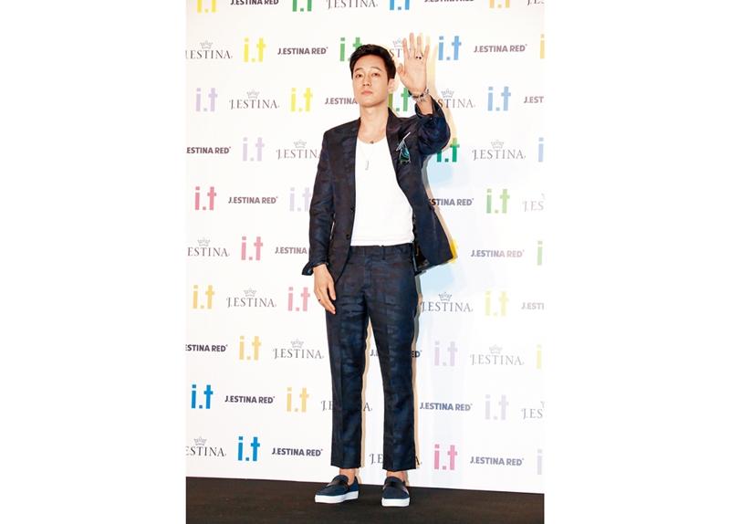苏志燮前天现身香港,为饰品品牌开幕站台。(综合讯)