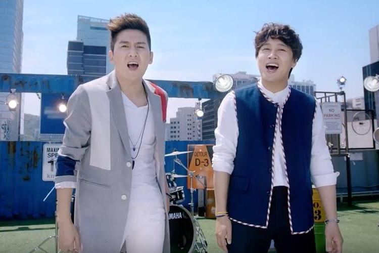 """车太铉(左)找来洪京民组双人组""""洪车""""。(互联网)"""