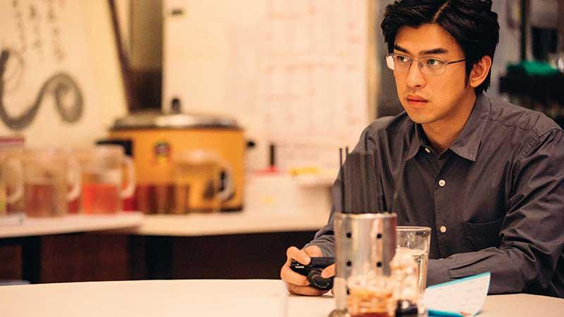 由陈哲艺监制,陈柏霖领衔演出的最新电影《再见,在也不见》已在本地隆重上映。