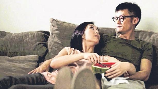 """""""志明""""与""""春娇""""在第3集中仍是同居关系。(互联网)"""