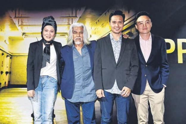 本地导演巫俊锋(右一)的《徒刑》将在美国上映。(嘉华影院提供)