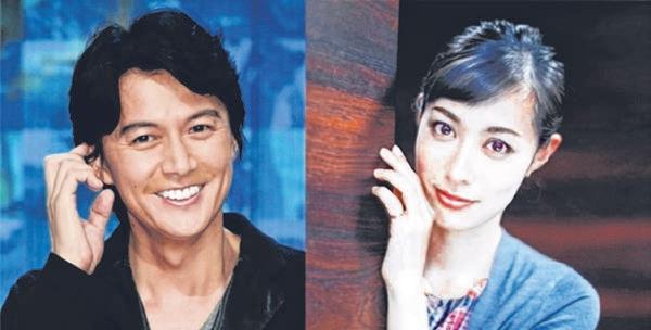 47岁日本型男福山雅治(左)去年9月闪婚,迎娶女星吹石一惠,让不少师奶粉丝伤心不已。(互联网)
