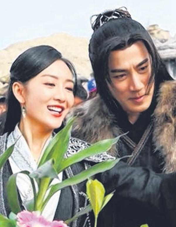 刘恺威与中国女星王鸥。(互联网)