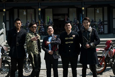 那维勋(左二至右)、卜学亮、张皓明是《终极三国》老班底。