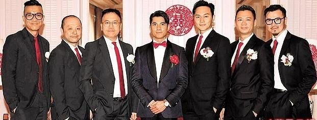 郭富城(中)与6名伴郎团,右三为张智霖。(图/摘自Instagram)
