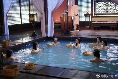 《宫心计2深宫计》浴池场景逼真,令演员如同真的去了日本泡温泉。