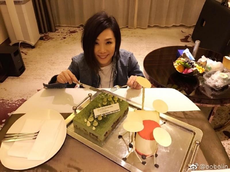 4月26号是林忆莲51岁生日。(微博图片)